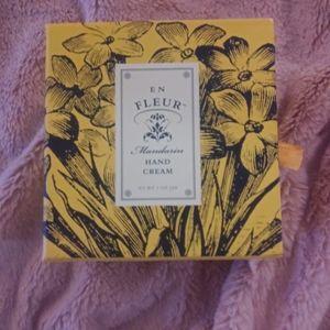 En Fleur Mandarin Hand Cream Box